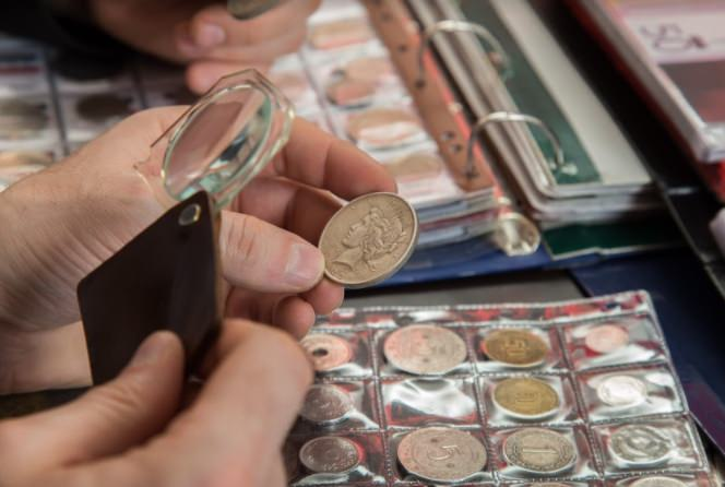 checking gold coins